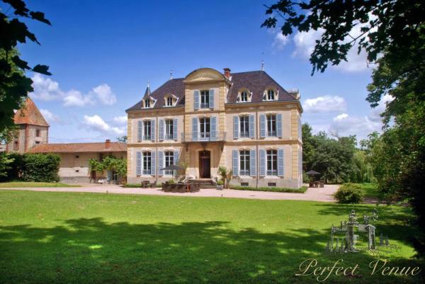 Castle Les Bardants