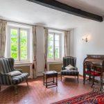 Luxury house rental