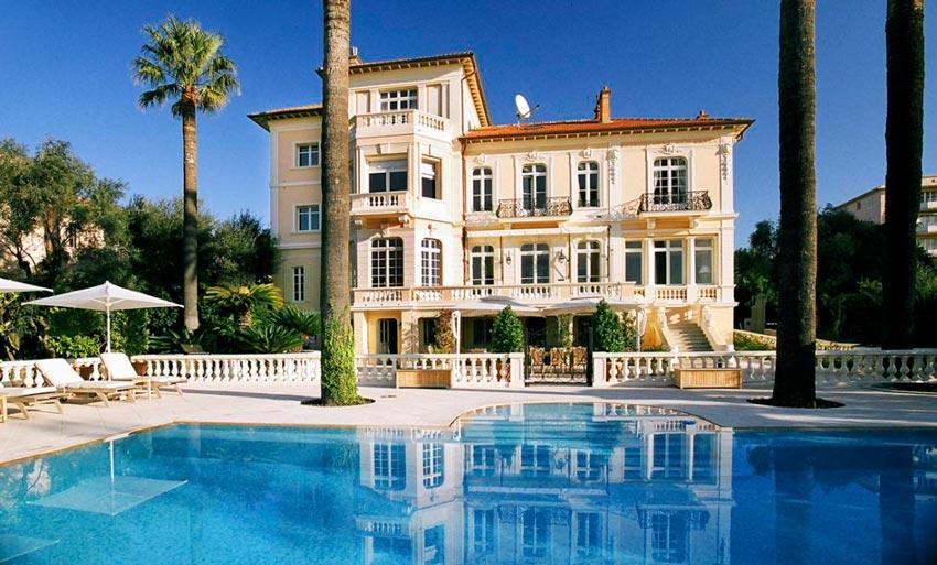 Luxury villa in Cannes
