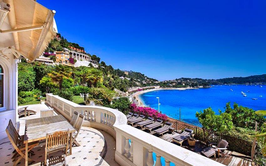 Luxury villa in Niza