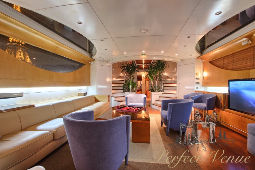 Josephine yacht