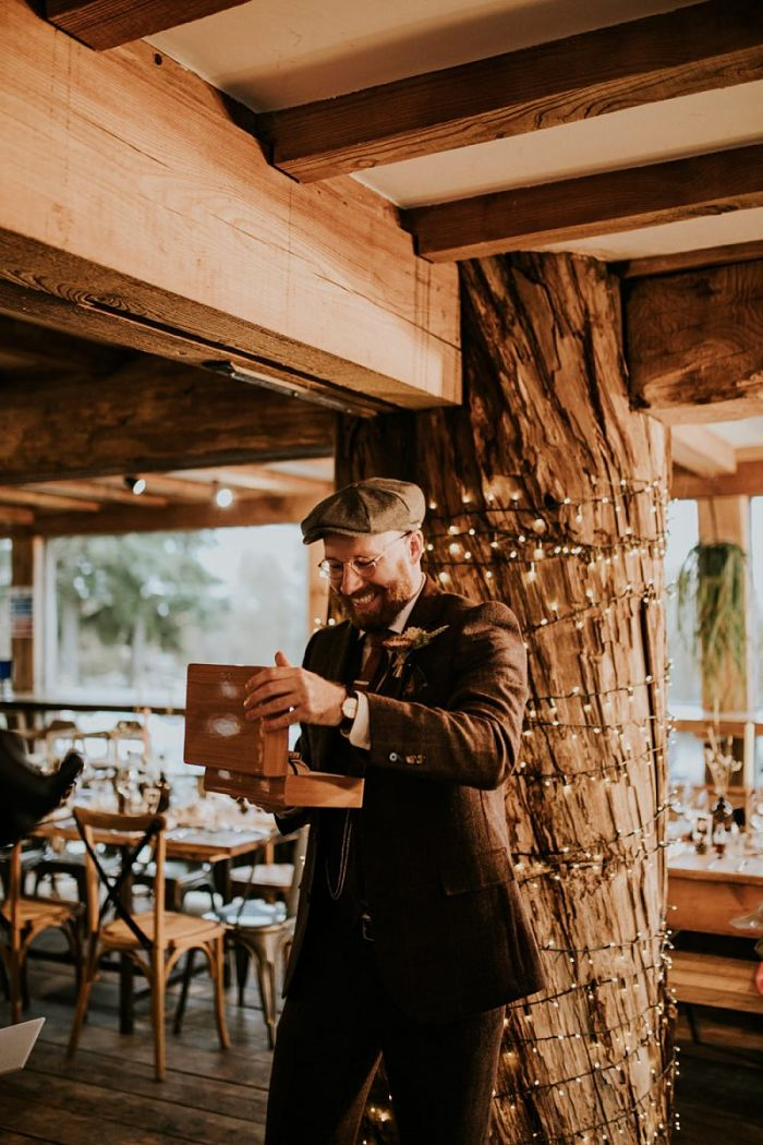 An Autumnal Wedding Packed with Entertainment at Kingdom in Kent - Perfect Venue