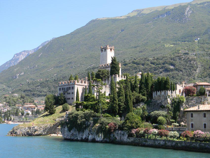 Melcesine Castle - Perfect Venue