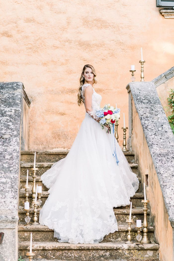 Intimate Wedding in the Tuscan Countryside - Perfect Venue