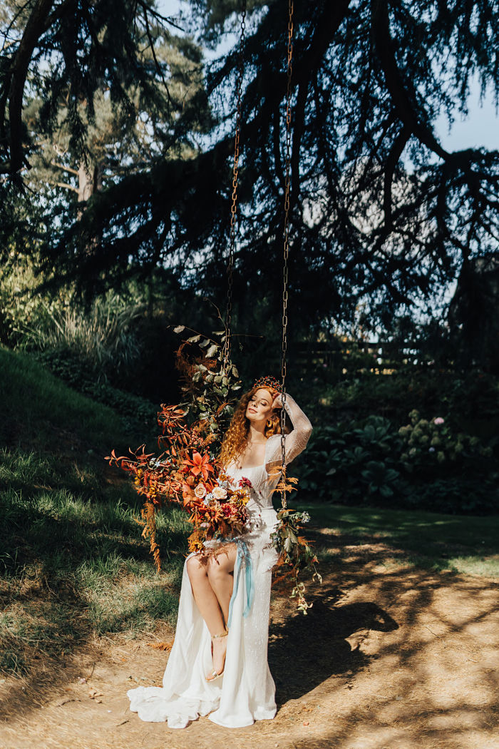 Wedding Shooting Inspired by The Little Mermaid in Shropshire, England - Perfect Venue