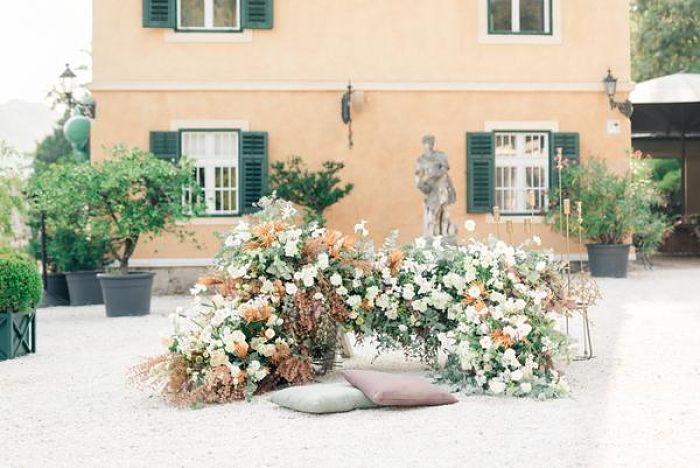 A Heartwarming Wedding Celebration in Graz, Austria - Perfect Venue