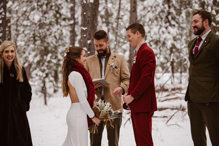 Morgan and Luke's Romantic Snowy Wedding in Wyoming - Perfect Venue